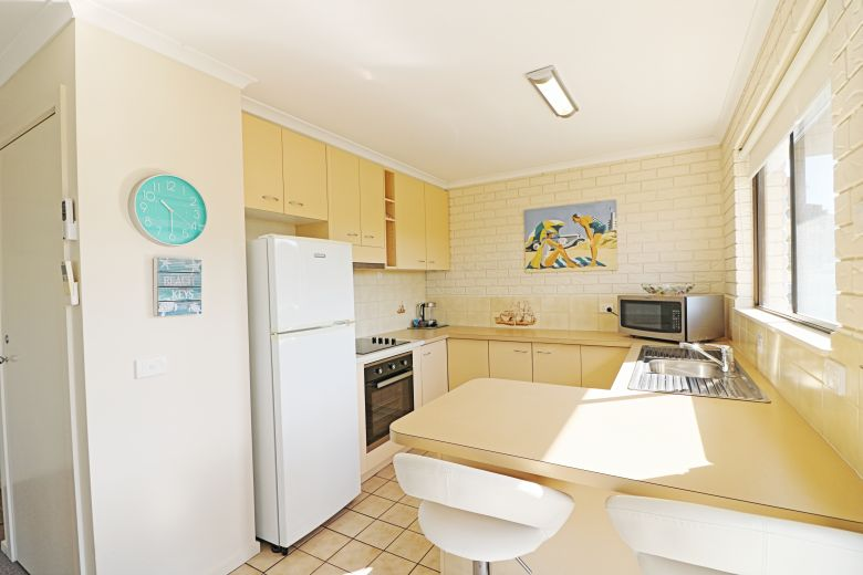 Capri Apartments Kitchen