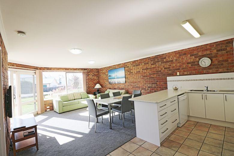 Pelican Apartments Living Space
