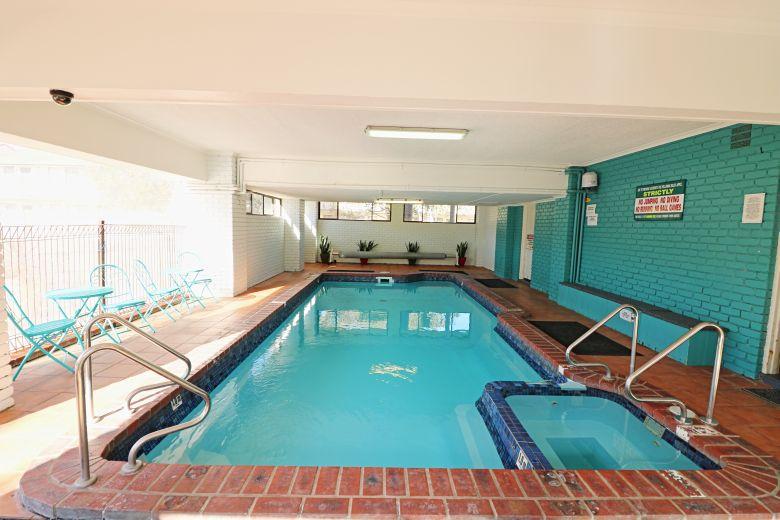 Aquarius Standard Indoor Pool